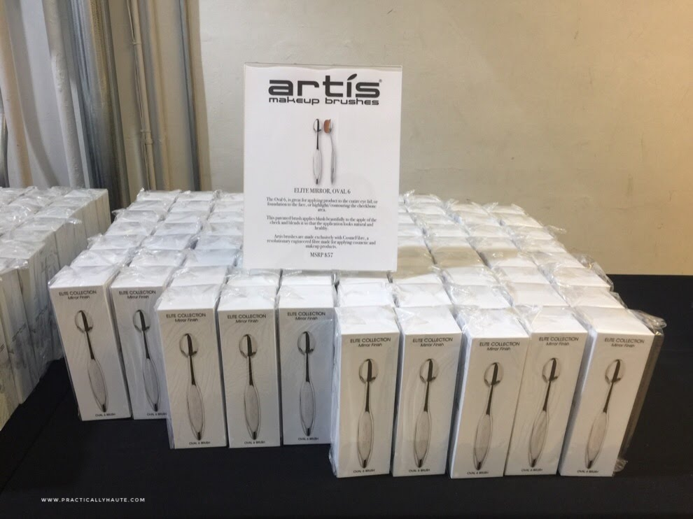Artis sample sale makeup brushes oval 6 elite mirror